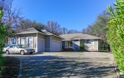 $310,000 – 17932 Jayhawk Drive